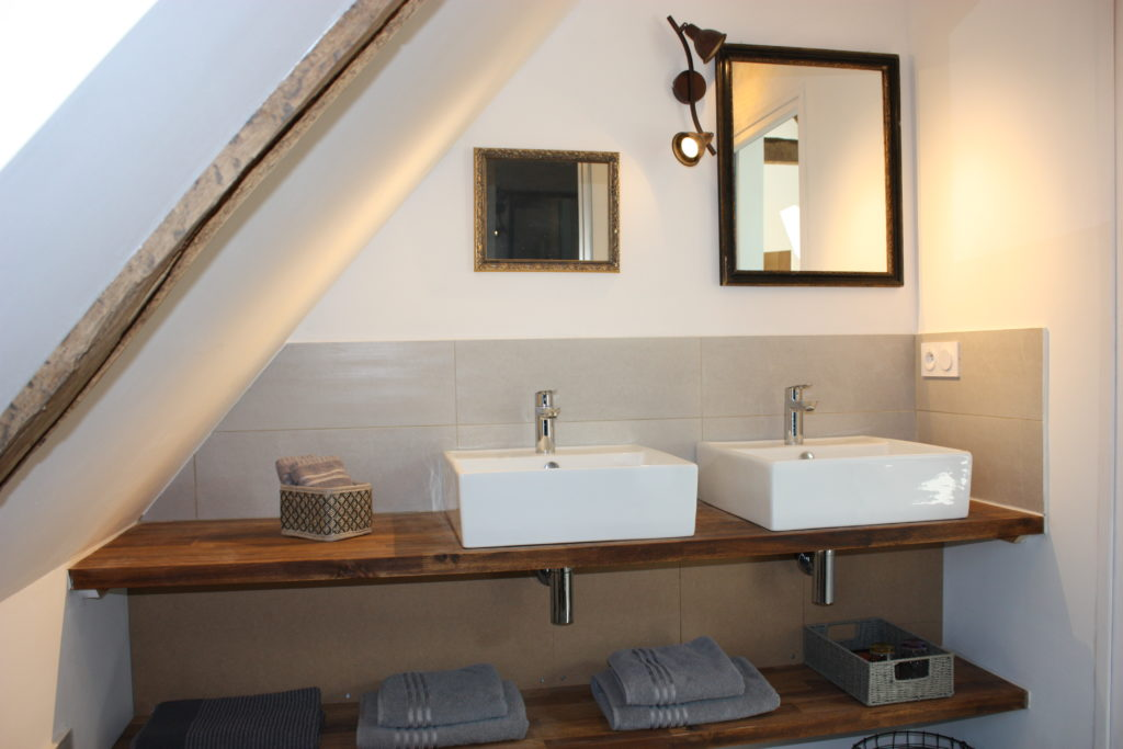 Salle de bain – Chambre «Le temps d'avant»